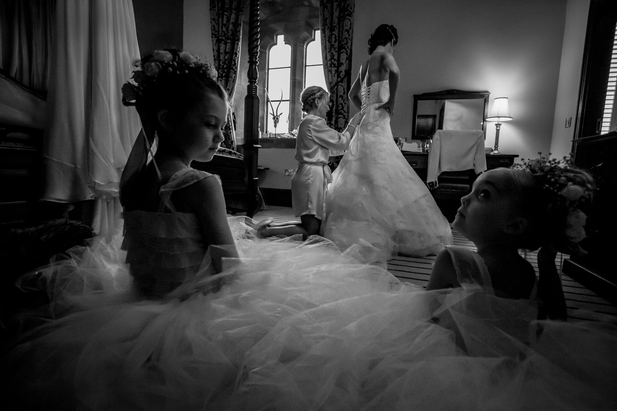Ant & Louise NYE Peckforton Castle Wedding- Sansom Photography-12222