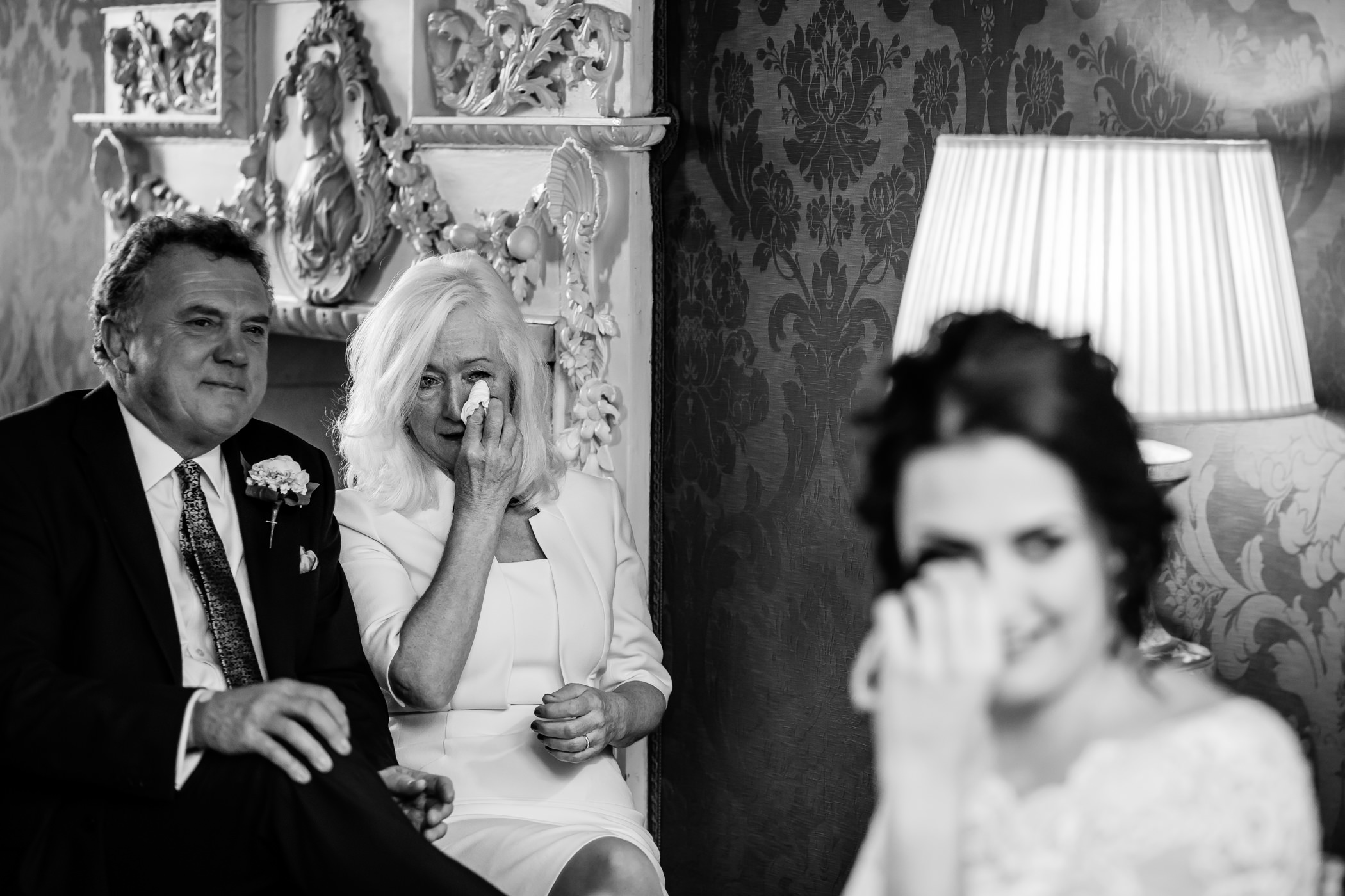 Georgie & steve - Sansom photography Grays Court York Wedding-14