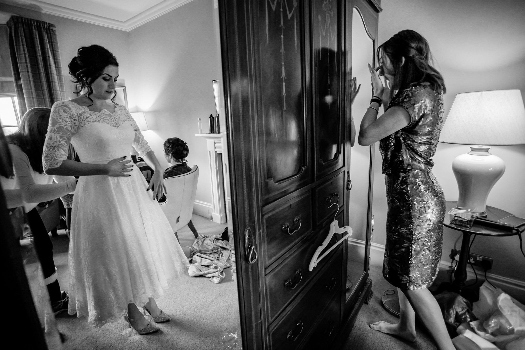 Georgie & steve - Sansom photography Grays Court York Wedding-3