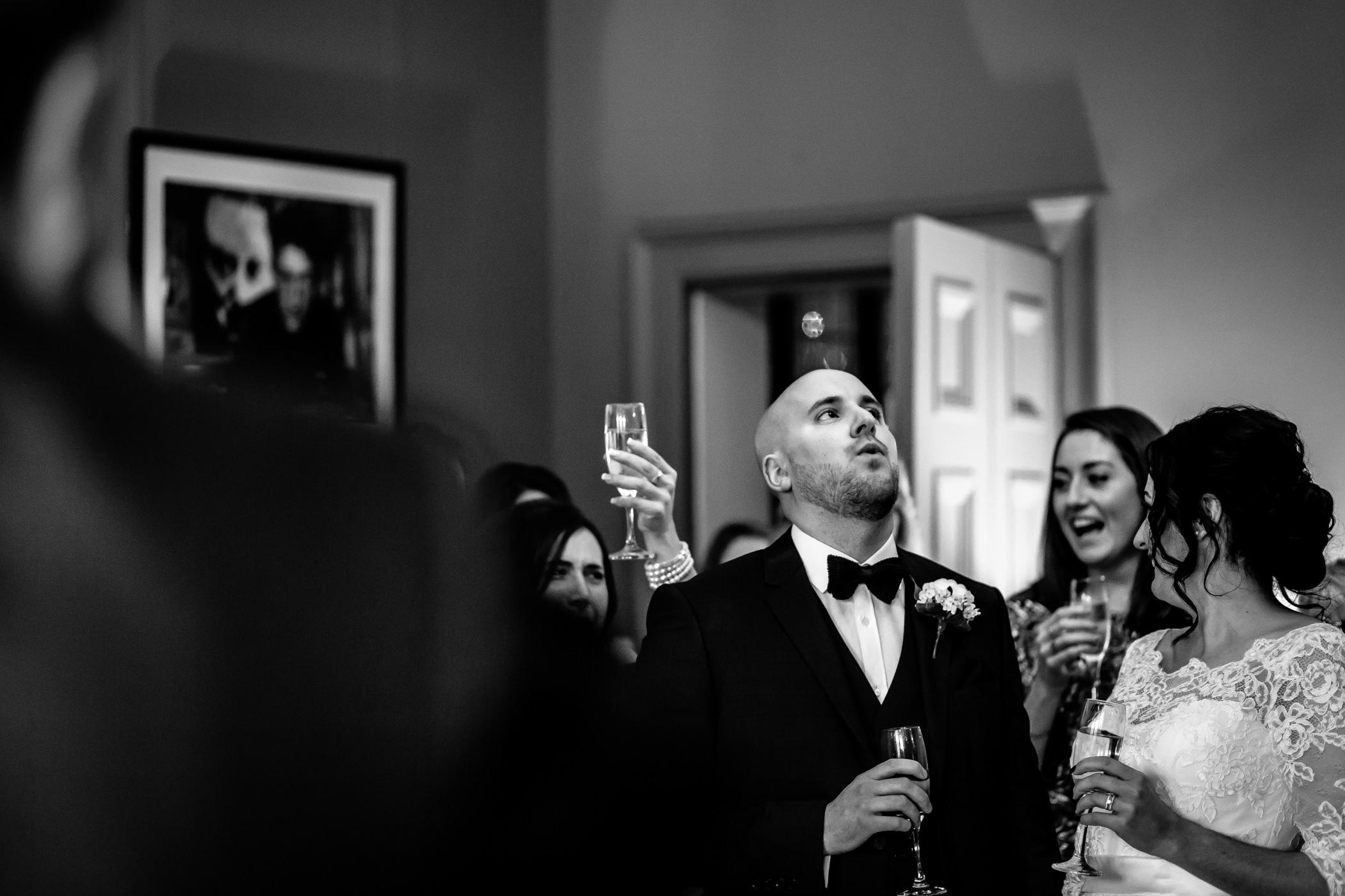 Georgie & steve - Sansom photography Grays Court York Wedding-48