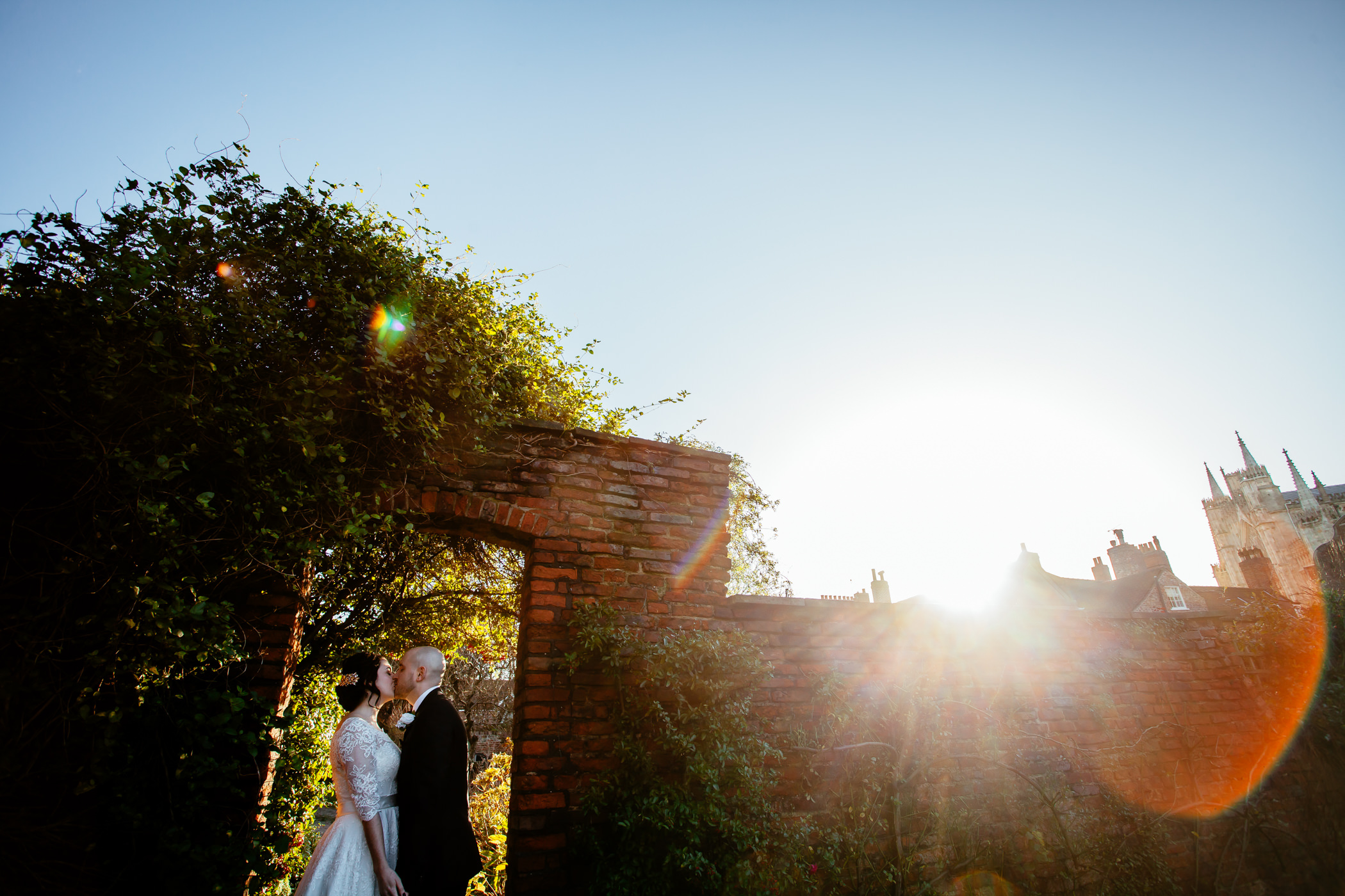 Georgie & steve - Sansom photography Grays Court York Wedding-7