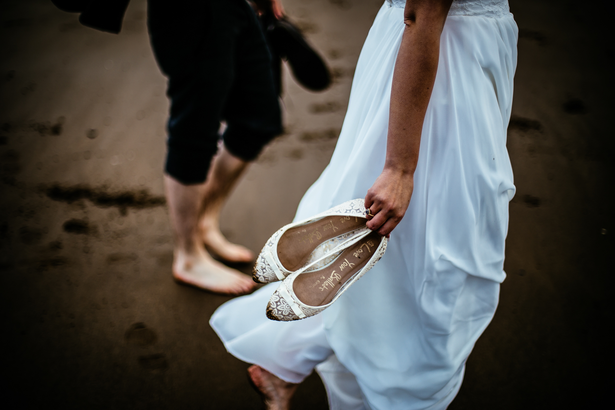 sansom photography beach wedding photography charlotte & mike-35