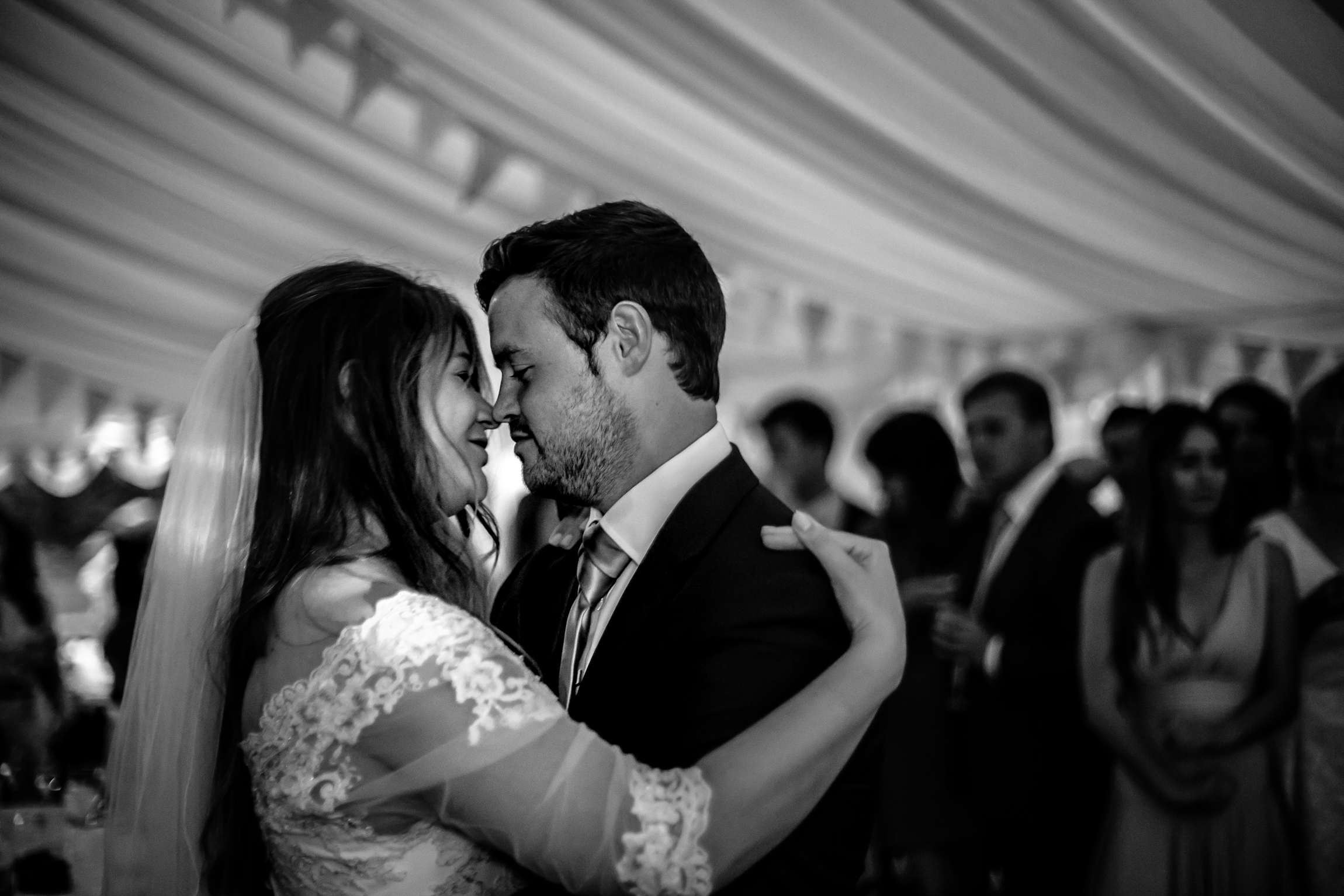 Emma & Dave - Sansom Photography Yorkshire Dales Wedding Photography UK-52
