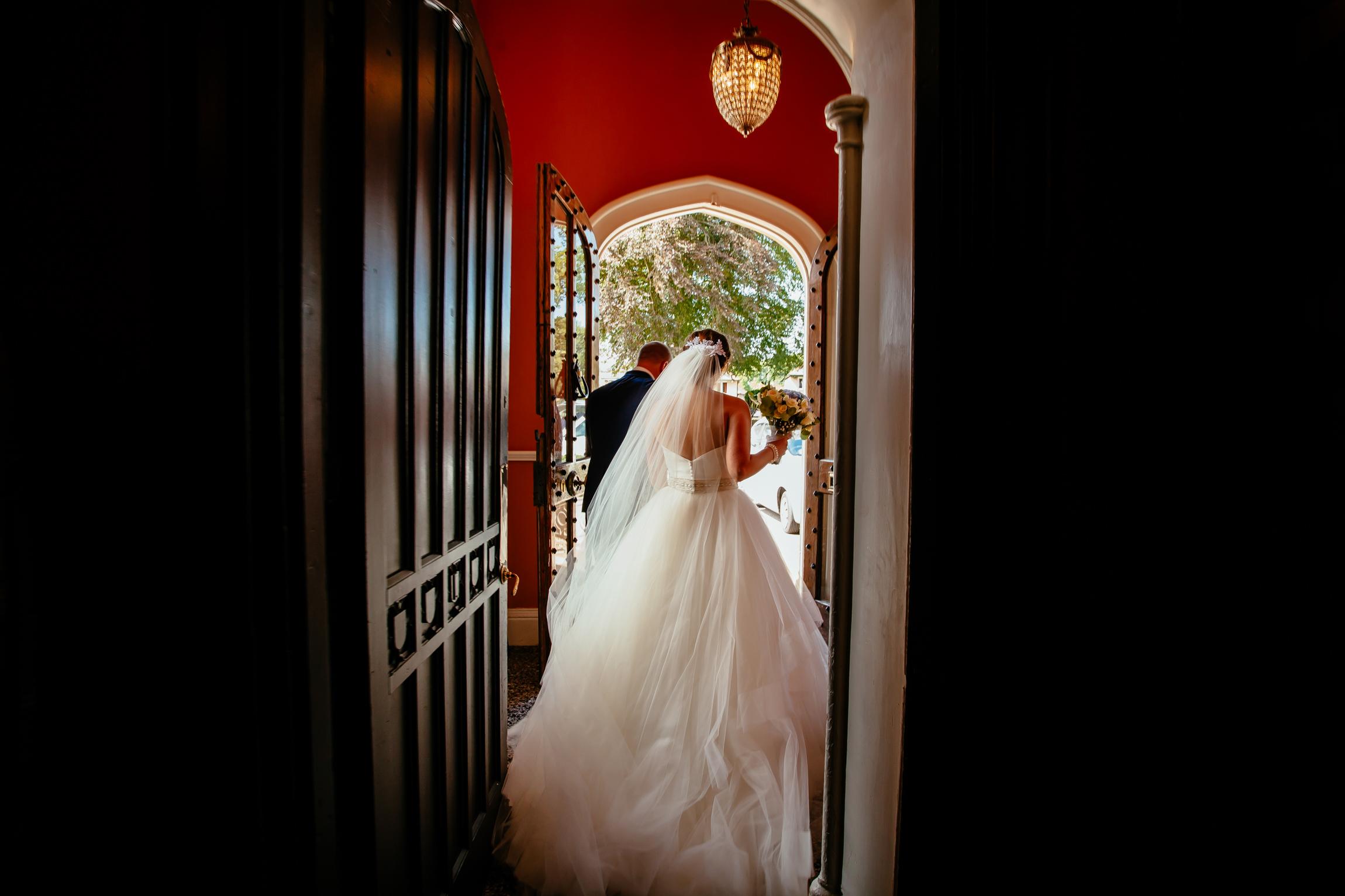 Holly & Mark - Falcon Manor wedding photography Sansom Photography-26