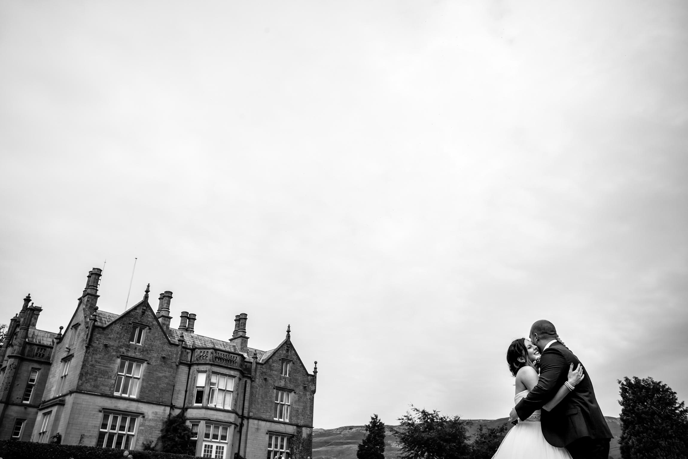 Holly & Mark - Falcon Manor wedding photography Sansom Photography-32