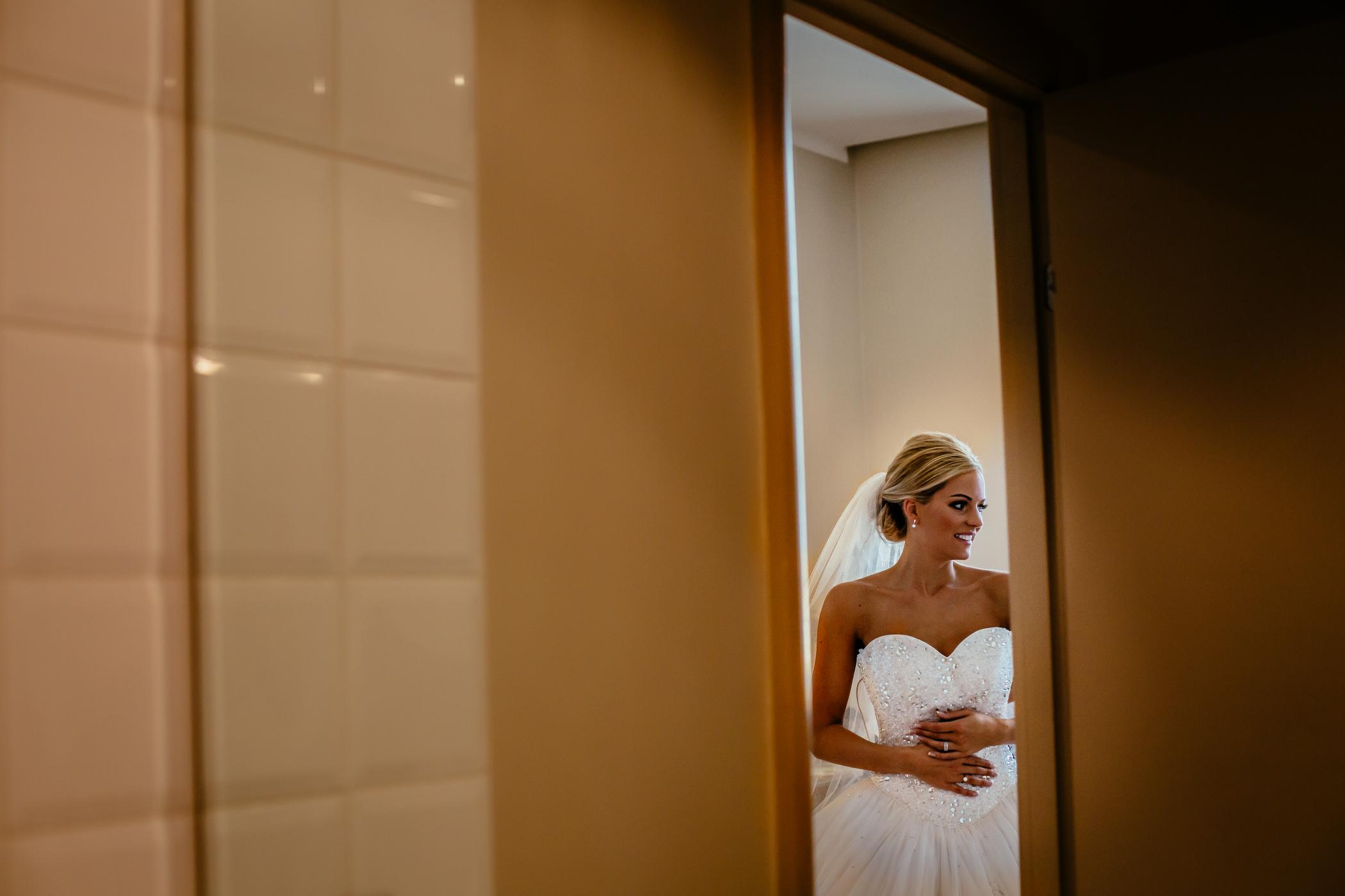 Lisa & Neil - Sansom Photography Harewood House Yorkshire Wedding Photography-12
