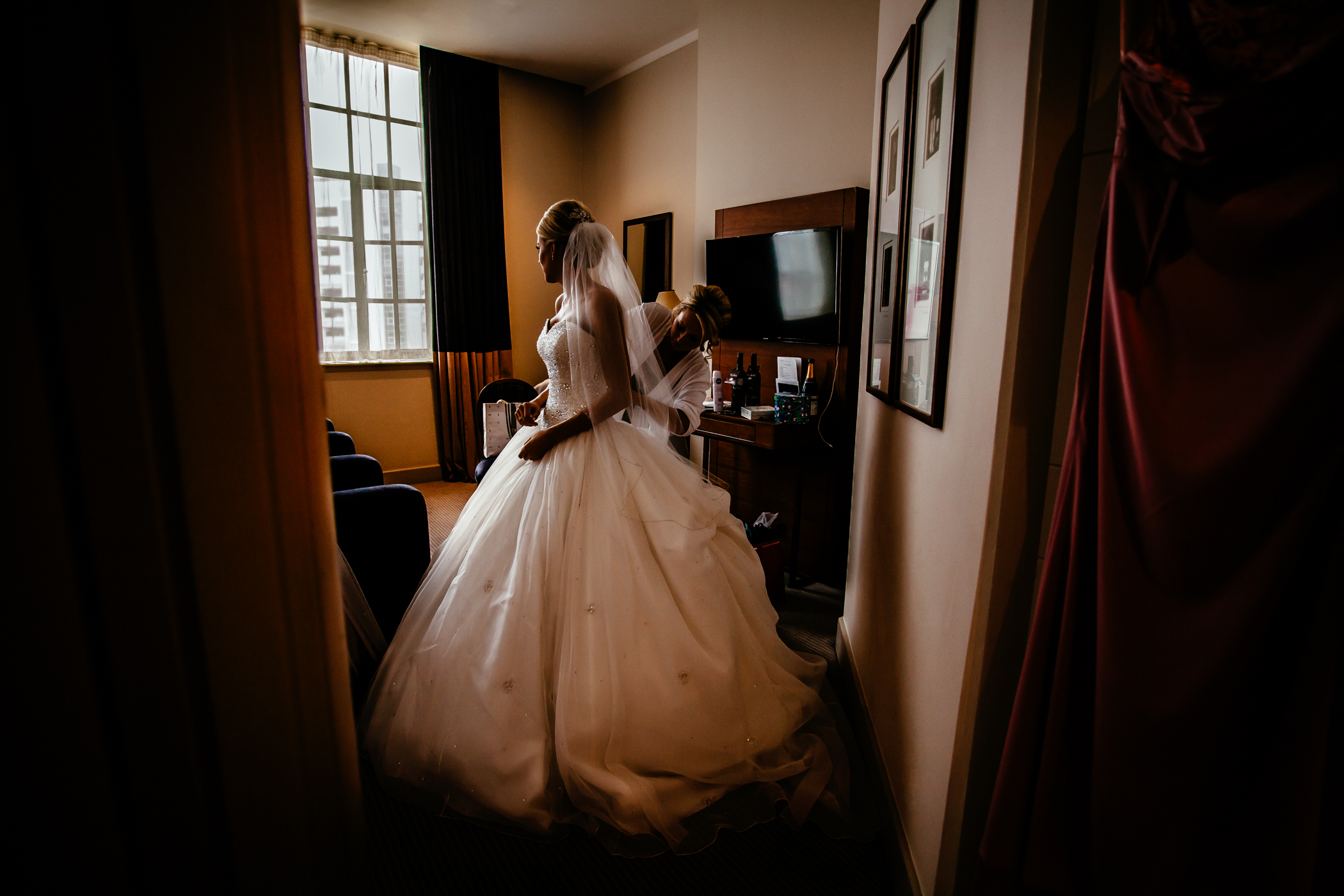 Lisa & Neil - Sansom Photography Harewood House Yorkshire Wedding Photography-13