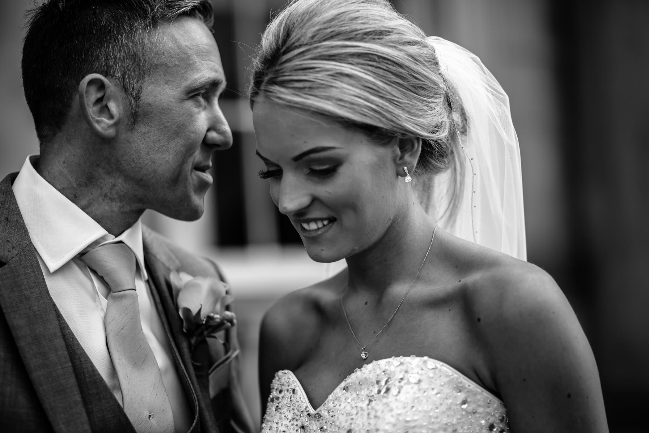 Lisa & Neil - Sansom Photography Harewood House Yorkshire Wedding Photography-27