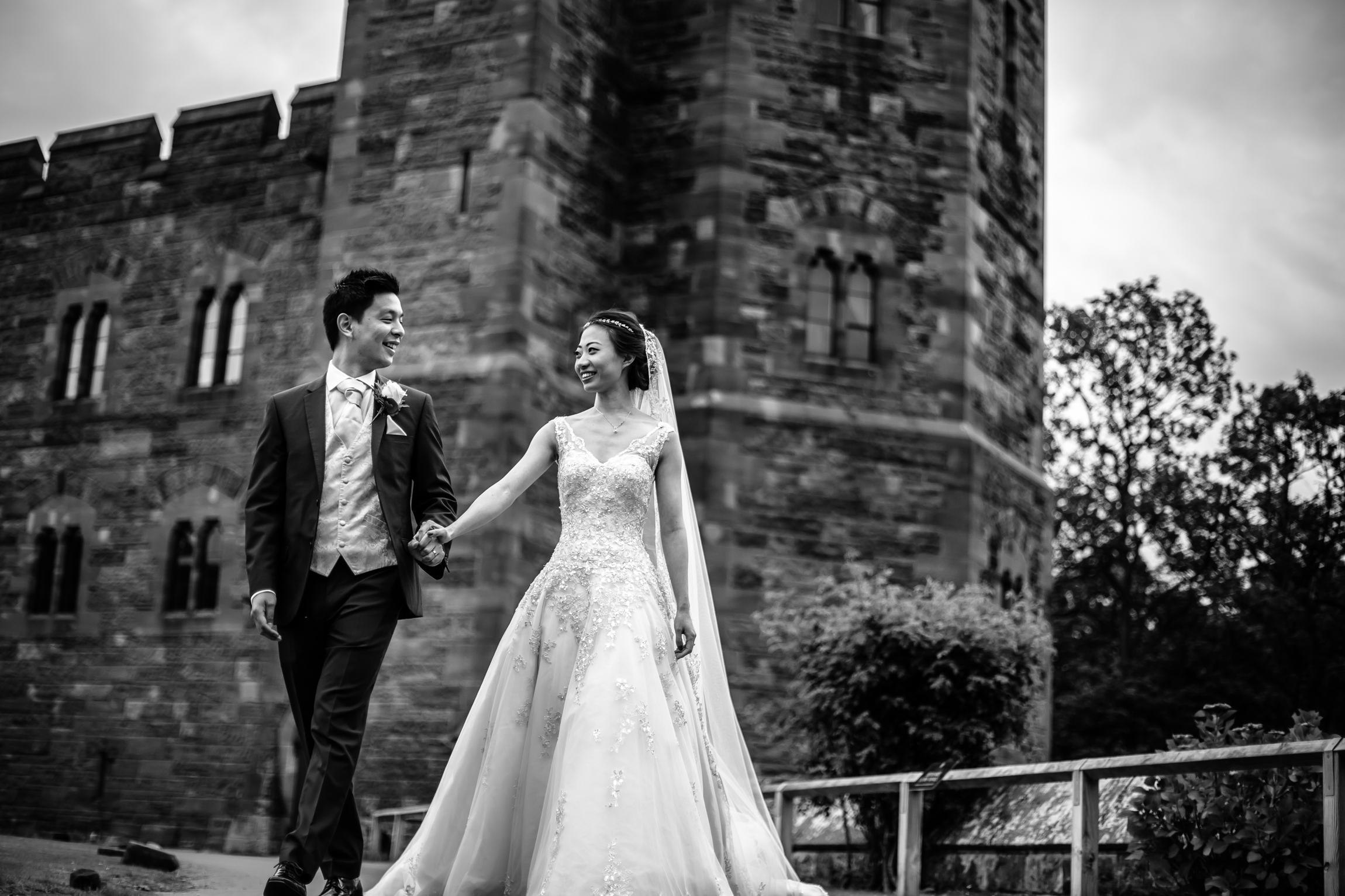 Sonia & Vincent - Sansom Photography Peckforton Castle Wedding Photography-66