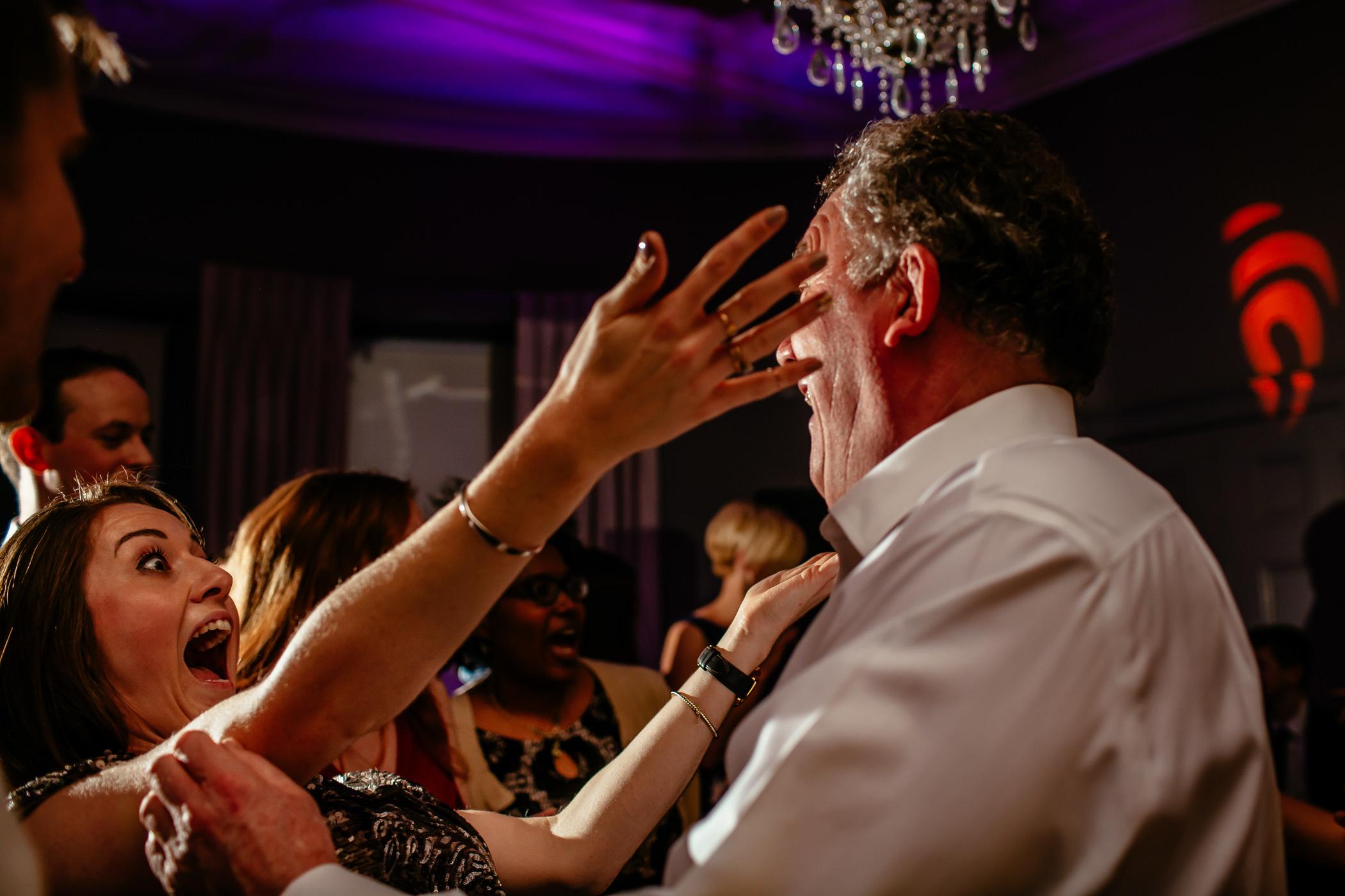 Georgie & steve - Sansom photography Grays Court York Wedding-36