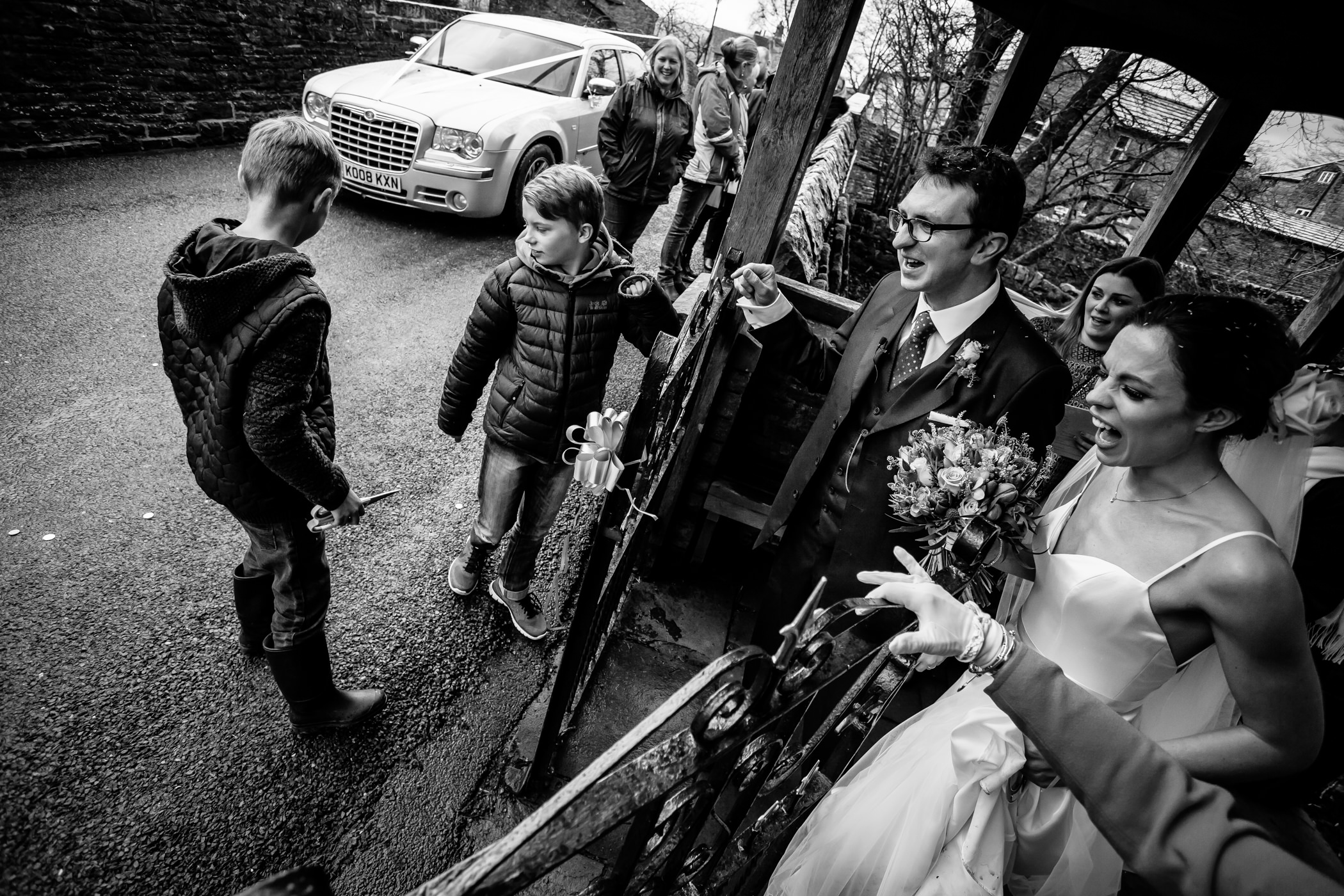 Julia & Simon - Sansom Photography Yorkshire Wedding-22